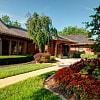Villa Medici - 9550 Ash St, Overland Park, KS 66207