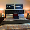 The Crossing at Quail Hollow - 8850 Park Rd, Charlotte, NC 28210