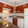 Lakeview Apartments - 440 Meriden Rd, Waterbury, CT 06705