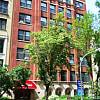 Park Wellington - 434 W Wellington Ave, Chicago, IL 60657