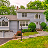 17 Indian Ledge Drive - 17 Indian Ledge Drive, Trumbull, CT 06611