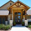 Oak Hollow - 1439 Barnes Dr, Seguin, TX 78155