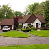 382 Jones Hill Road - 382 Jones Hill Road, West Haven, CT 06516