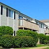 Westpointe Apartments and Townhomes - 2510 Canterbury Rd, Urbandale, IA 50322
