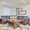 Harvard Square Apartments - 4438 Mobile Dr, Columbus, OH 43220