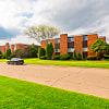 Carriage House Apartments - 902 Burlington Dr, Flint, MI 48503