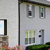 Ashton Brook - 7832 Royalty Ave, Graymoor-Devondale, KY 40222