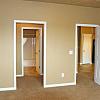 Jackson Heights Apartments - 1105 Honeysuckle Dr, Harrisburg, SD 57032