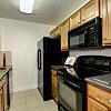 Bethesda Hill - 5114 Dudley Ln, Bethesda, MD 20814