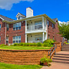 SaddleBrook Apartments - 8301 Colby Pkwy, Urbandale, IA 50322