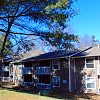Hunt Club - 103 Echo Glen Dr, Winston-Salem, NC 27106