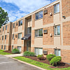 Lindsay Lane - 4300 Strathmore Dr, Cincinnati, OH 45227