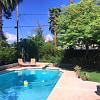 300 W OREGON Avenue - 300 West Oregon Avenue, Phoenix, AZ 85013