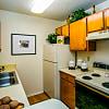 Sombra Del Oso Apartment Homes - 6000 Montano Plaza Dr NW, Albuquerque, NM 87120