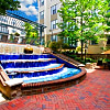 Post Uptown Place - 305 N Graham St, Charlotte, NC 28202
