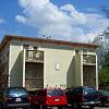 Melrose Court - 1605 Tennessee St, Lawrence, KS 66044