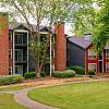 Madison Druid Hills - 2696 N Druid Hills Rd NE, Atlanta, GA 30329