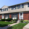 Charter Square Apartments - 2860 Charter Boulevard, Troy, MI 48083