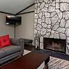 Ashford Ridge - 3650 Patricia Dr, Urbandale, IA 50322