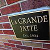 LaGrande Jatte - 441 East Town Street, Columbus, OH 43215