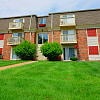 Park Meadows Apartments - 398 Enchanted Pkwy, Manchester, MO 63021