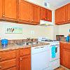Trilogy Apartments - 8650 Kingsbridge Ln, University City, MO 63132