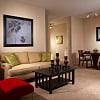 Camden Royal Palms - 826 Milano Cir, Brandon, FL 33511