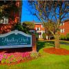 Hadley Park Apartments - 23 Pratt Ave, Lowell, MA 01851