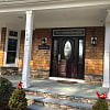 160 Malloy Dr - 160 Malloy Drive, East Quogue, NY 11942
