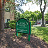 Emerald Pointe Apartments - 695 Westmoreland Dr, Vernon Hills, IL 60061