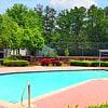 Covington Glen - 5816 Covington Hwy, Decatur, GA 30035