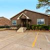 Pepper Tree - 2701 Longmire Dr, College Station, TX 77845