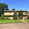 Coachlight II Apartments - 918 W 24th St, Lawrence, KS 66046