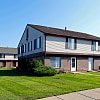 Farmbrooke Manor Apartments - 36760 Farmbrook Dr, Clinton, MI 48035