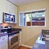 Los Robles Apartments - 300 Rolling Oaks Dr, Thousand Oaks, CA 91361