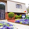 Bella Vista Townhomes - 2442 Chartres Dr, Gastonia, NC 28056