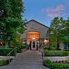 Somerset Townhomes - 6800 Austin Center Blvd, Austin, TX 78731