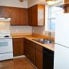 Williamsburg Apartments of Toledo - 5569 Ryewyck Ct, Toledo, OH 43614