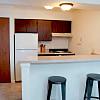 Eastland Apartments - 4243 Forest Creek Ct SE, Kentwood, MI 49512