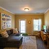 Century Autumn Wood - 630 Saint Andrews Dr, Murfreesboro, TN 37128