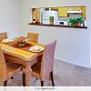 City Heights Magnolia - 1001 E Dale St, New Iberia, LA 70560
