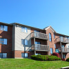 Fox Run Apartments - 261 Fieldstone Dr, Dayton, OH 45426