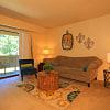 Lakewood Apartments - 5731 Ridgeway Dr, Haslett, MI 48840