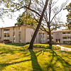 Forest Park Apartments - 4623 NE Winn Rd, Kansas City, MO 64117