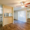Barringer Square - 623 Barringer Ln, Houston, TX 77598