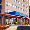 The Crest Apartments - 6221 Shingle Creek Pky, Brooklyn Center, MN 55430