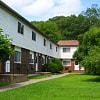 Norwich/Hedgewood Apartments - 24 Sandy Ln, Norwich, CT 06360