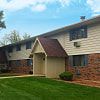 Coachlight Apartments - 2995 W Lawrence St, Appleton, WI 54914