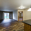 North Pointe Apartments - 1930 E Capitol Ave, Bismarck, ND 58501
