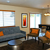 Platinum Point - 3400 Platinum Point Pl, Sioux Falls, SD 57108